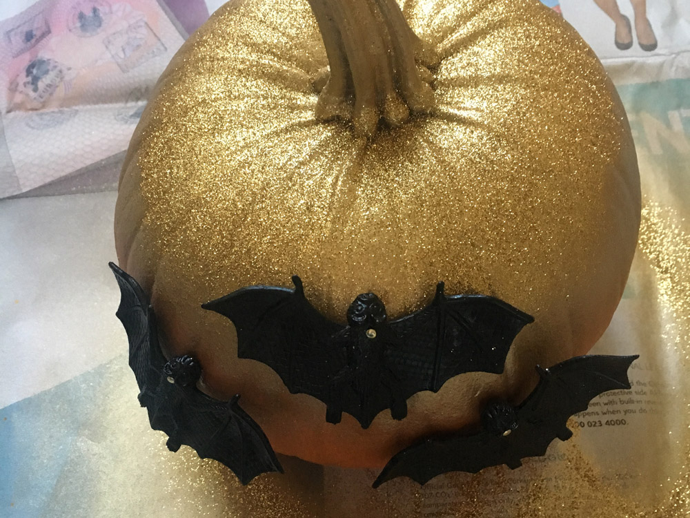 no carve pumpkin bats